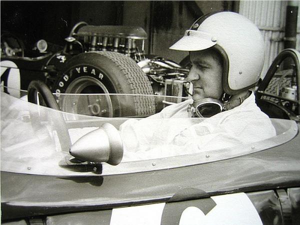 GP Legends - D.Hulme & B.McLaren