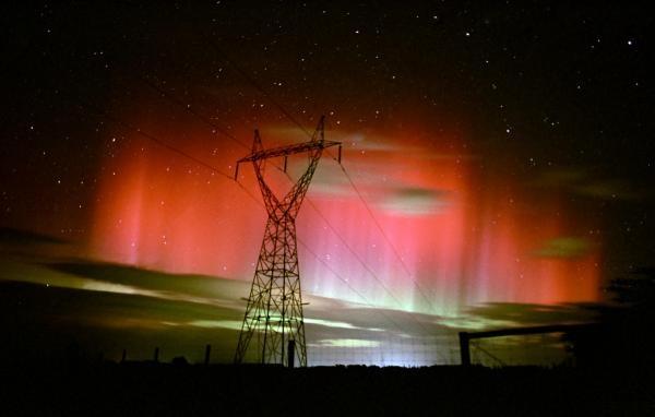Polarna svjetlost - Plamen na nebu